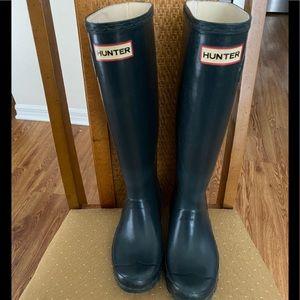 Hunter Huntress Tall Dark Blue/Gray Rain Boots